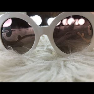 Accessories - Shades